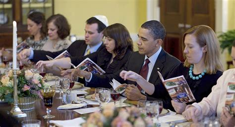 Obama's final White House Seder will be late - POLITICO