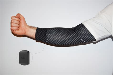 Komodo introduces the first smart compression sleeve