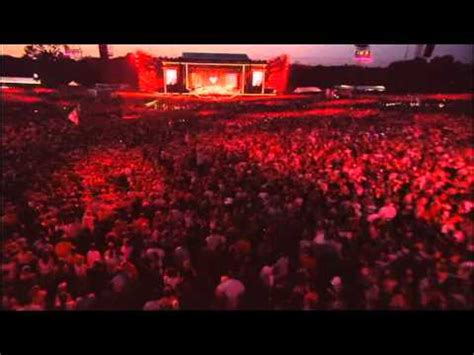Robbie Williams - No regrets ( Live at Knebworth ) - YouTube